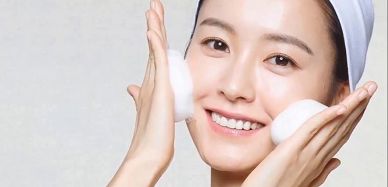 Cách làm trẻ hóa khuôn mặt đơn giản và hiệu quả 3